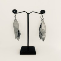 Daily Ware Leaf Shaped Earrings